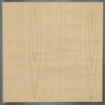 Massivholz und Furniere | Esche