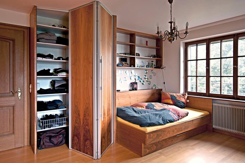 Home   Falttürenschrank Bett Kombination in Nuss Feldkirch 1