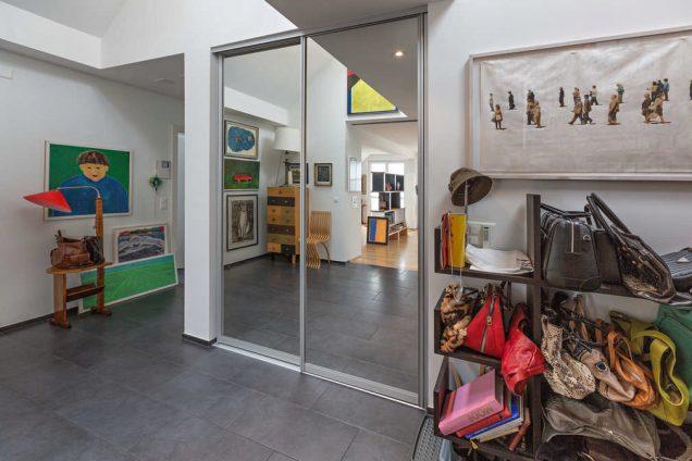 Garderobe mit Schuhregal und Spiegelfront Zürich 0
