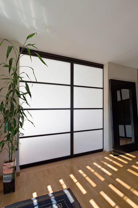 Schiebetüre als Schlafzimmer Raumteiler im Japanischen Stil Jona 0