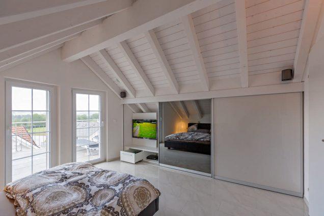 Schlafzimmer Dachschrägenschrank 2