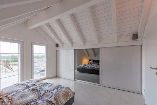 Schlafzimmer Dachschrägenschrank 3