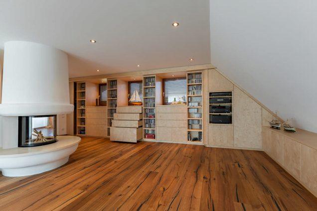 Wohnwand für Wohnzimmer in Holz furniert Feldkirch 1